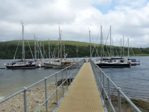 Pontoons from walkway